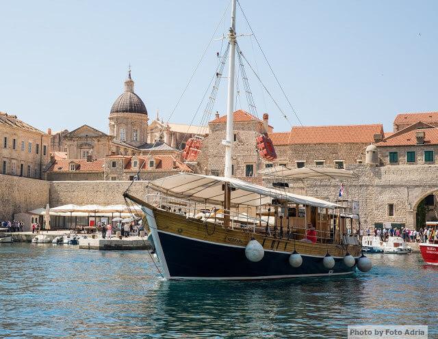 After ceremony cocktails boat for Sorcha and Dans Dubrovnik Wedding